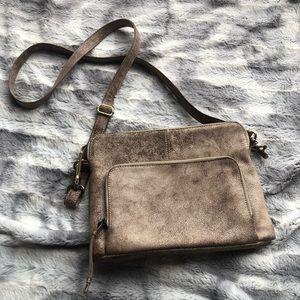 LATICO Crackled Leather Distressed Crossbody Purse